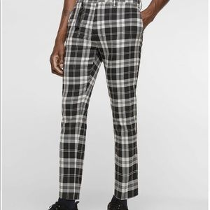 be735ff8 Zara Pants - Brand New Men's Zara plaid pants. Size 32.